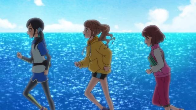 Chiyu, Hinata and Nodoka running